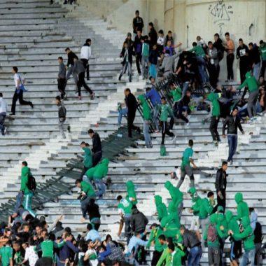 مراكش:وضع 65 شخصا تحت تدابير الحراسة النظرية على خلفية أحداث الشغب التي شهدها الملعب الكبير بمراكش