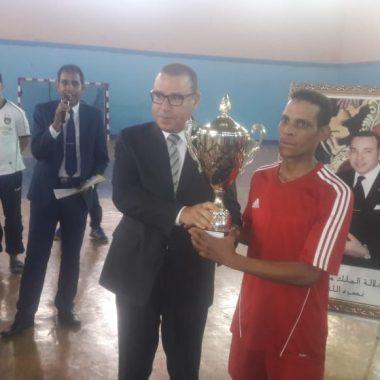 الرشيدية: تتويج فريق حي اولاد الحاج بالدوري الإقليمي لكرة القدم المصغرة