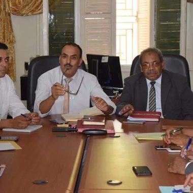 المدير الإقليمي بالرشيدية يعقد اجتماعا تواصليا لفائدة موظفات وموظفي وأطر مصالح المديرية