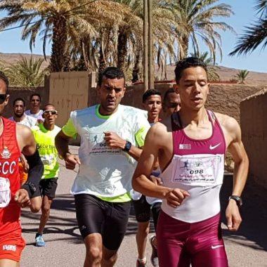 زاكورة:منير الوالي و فايزة بشار يحرزان لقب سباق الواحة بتازارين